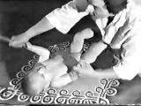Массаж для детей в возрасте от 6 до 10 месяцев. Курс массажа обучение.