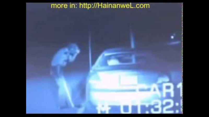 Alien attacked and burned a police officer in USA Инопланетянин атаковал и сжег полицейского в США