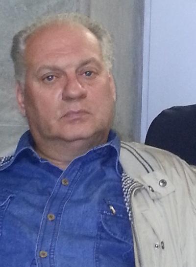 Олег Пузатов
