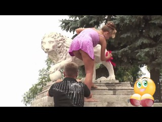 [18+] BEST FUNNY CRAZY TOO SEXY pranks = Grab The Fish, Get A Big Surprise ! (Funny Nude Big Ass)