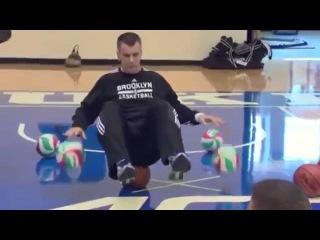 Миллиардер Михаил Прохоров тренирует баскетболистов НБА. Спортсмены в шоке от упражнений!