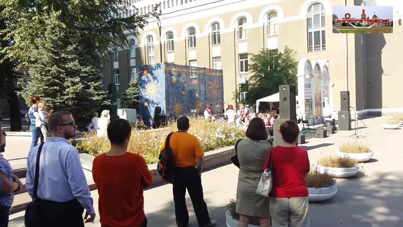Концерт на улице Рабочаая 166-Б