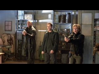 «Охотники за разумом» (2004): Трейлер (русский язык) / http://www.kinopoisk.ru/film/8091/