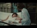 Сынок раздел спящую маму и лапает ее между ног