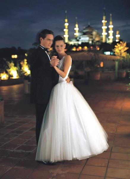 Храмы, где можно заказать венчание в Петербурге