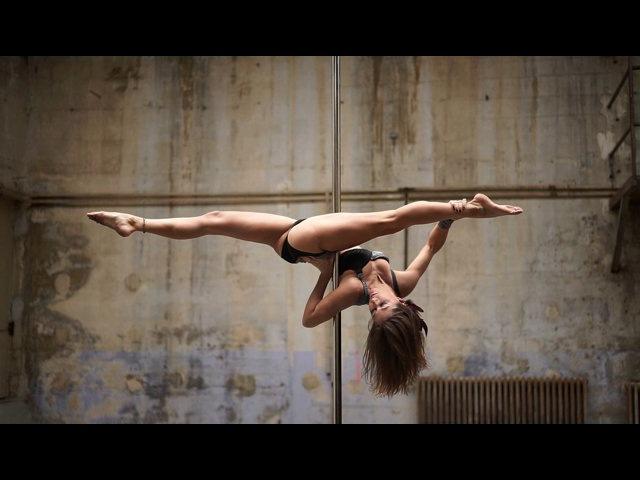 Karo Swen - Pole Dance