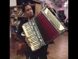 A$AP Rocky и аккордеон