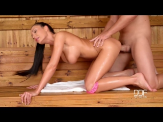 Patty michova - sauna titty fuck