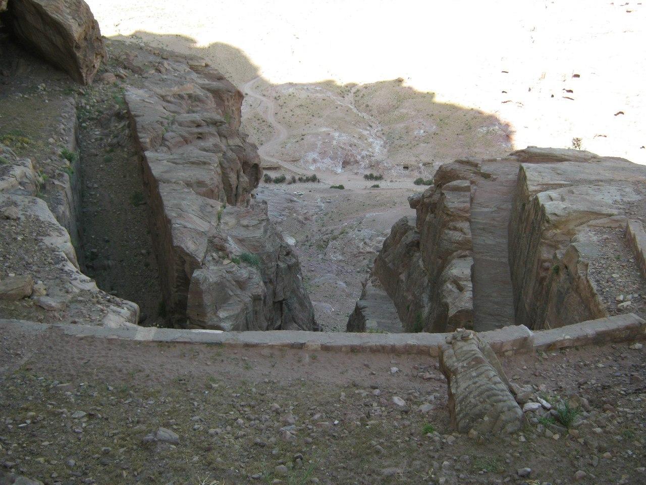 """""""Ворота"""" на гору Umm al-Biyara"""