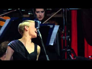 Sting - Desert Rose - Live in Berlin 2010 - HD