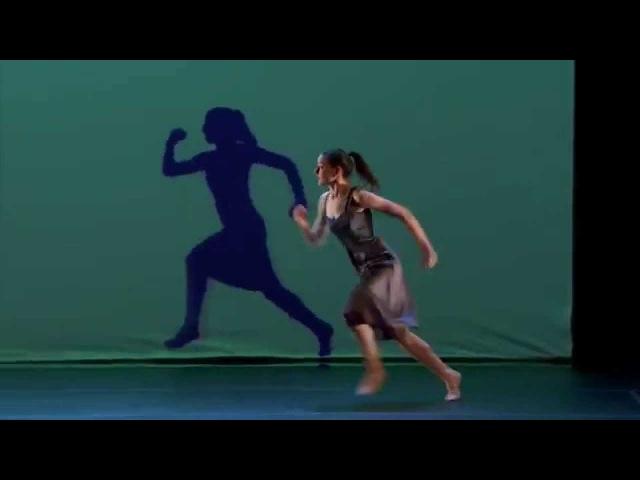 Kesin İzleyin Büyü Gibi Gölgelerle Dans Gösterisi