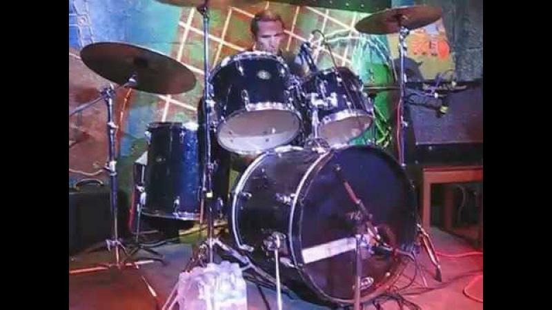 Монгол Шуудан - Граната соло на барабанах (Glastonberry, 2015.03.21)