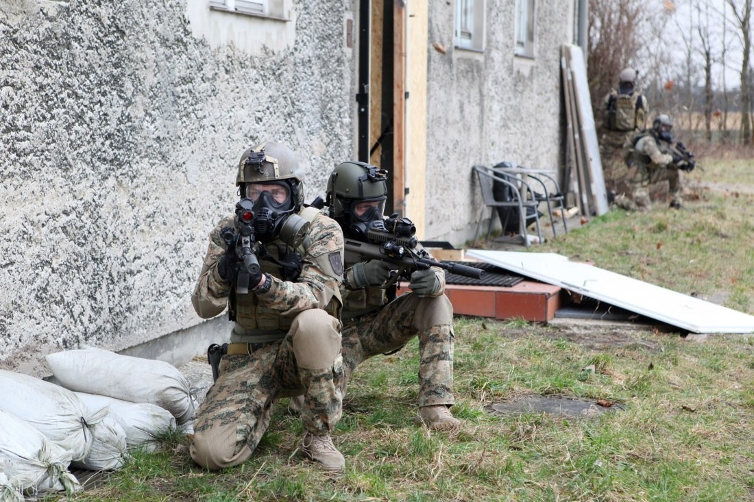 Armée autrichienne / Austrian Armed Forces / Österreichisches Bundesheer  - Page 4 RItqp_YWNnY