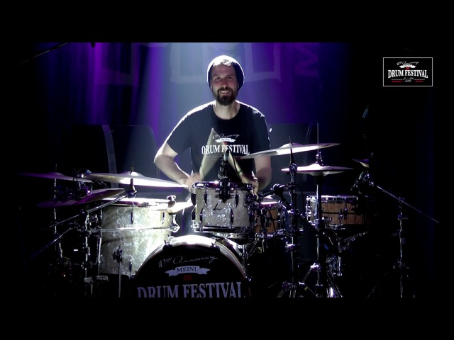 "MEINL DRUM FESTIVAL 2015 – Benny Greb's Moving Parts – ""Nodding Hill"" Bennys drumsolo"