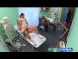 FakeHospital Рыжая пациентка удивляет врача тем что находится внутри ее киски
