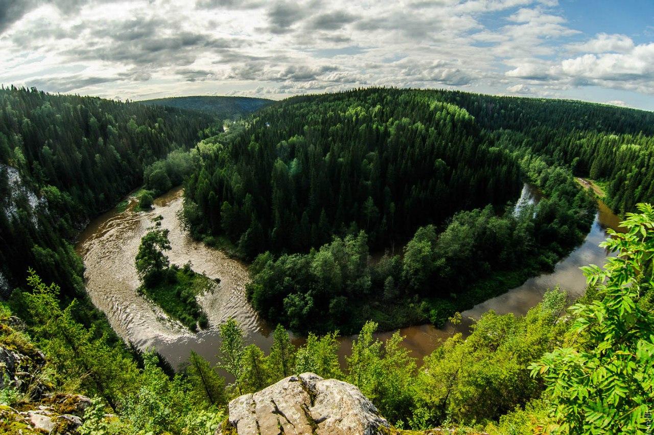 Река Вижай со скалы Большие Воронки