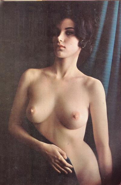 Любит голые фигуристые девушки в полный рост фото видео