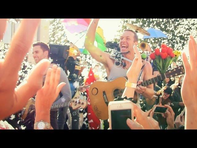 Coldplay - A Sky Full Of Stars (Official Video) » Freewka.com - Смотреть онлайн в хорощем качестве