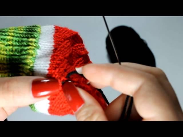 Вяжем арбузные носочки Часть 6 - убираем концы нитей и декорируем носочки