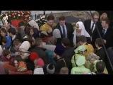 Патриарх Кирилл благословил детей, прибывших из Донецкой области.
