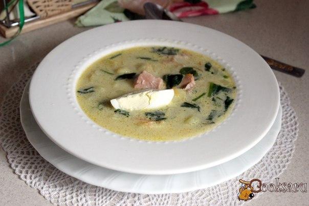 Суп с семгой и шпинатом Вкусный и сытный рыбный суп со шпинатом и домашней сметаной. Отличный вариант для обеда в выходной день.