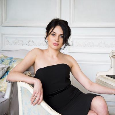 Алина Шмалько