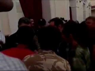 8 сентября 2014 Мариупольцы объяснили Порошенко кто для них друг