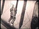 Parachute jumping the hard way 1920s / Une Descente en Parachute Pathé 1925
