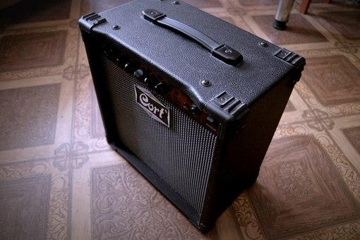 Cort MX15R-1200р, продаю,