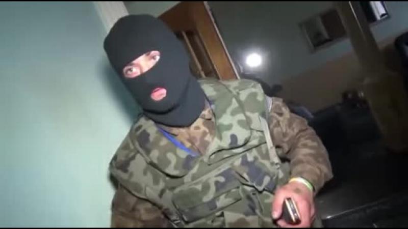 Кто крышует Бордели в Киеве,полная Анархия Нацистов. Спасибо ! . Что подп