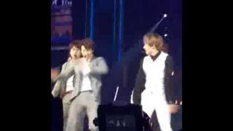 150207 (SuJu Mr.Simple cut) something funny make they laugh SuperShow6 in Shanghai [Fancam]