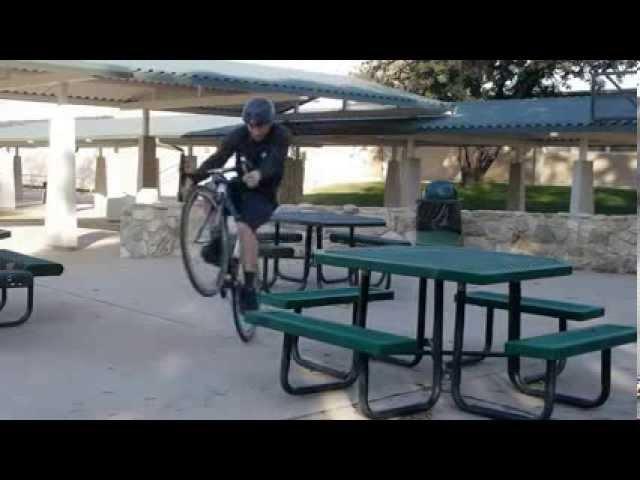Трюки на шоссейном велосипеде