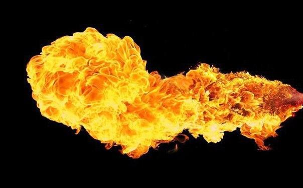 Молодой человек проснулся в огне