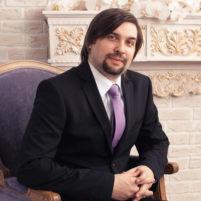 Антон Белов