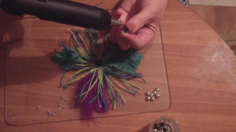Цветок с помощью фильеры.Гильоширование или выжигание по ткани