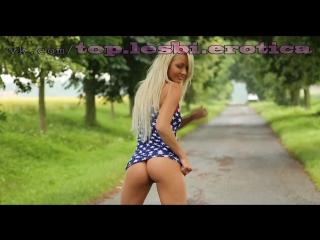 лесбиянки девочки девушки женщины малолетки школьницы модели голые шлюхи мастурбация стриптиз эротика порно секс куни