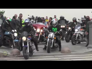 Сотни байкеров собрались на Смотровой площадке для подачи коллективного обращения начальнику ГУВД А. Якунину (Часть 1)