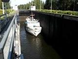 Шлюзование корабля на Сайменском канале