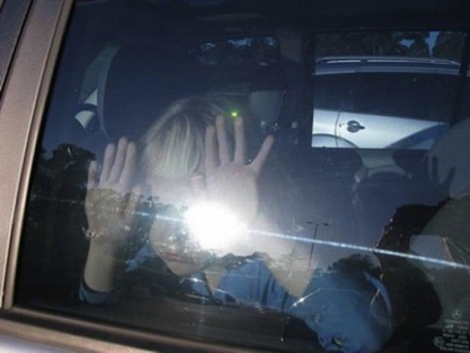 Госдума рассмотрит законопроект об ответственности родителей, оставивших детей в автомобиле