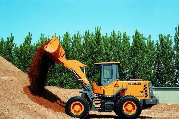Комплект: узкая резина с дисками для тракторов МТЗ 82, 920.
