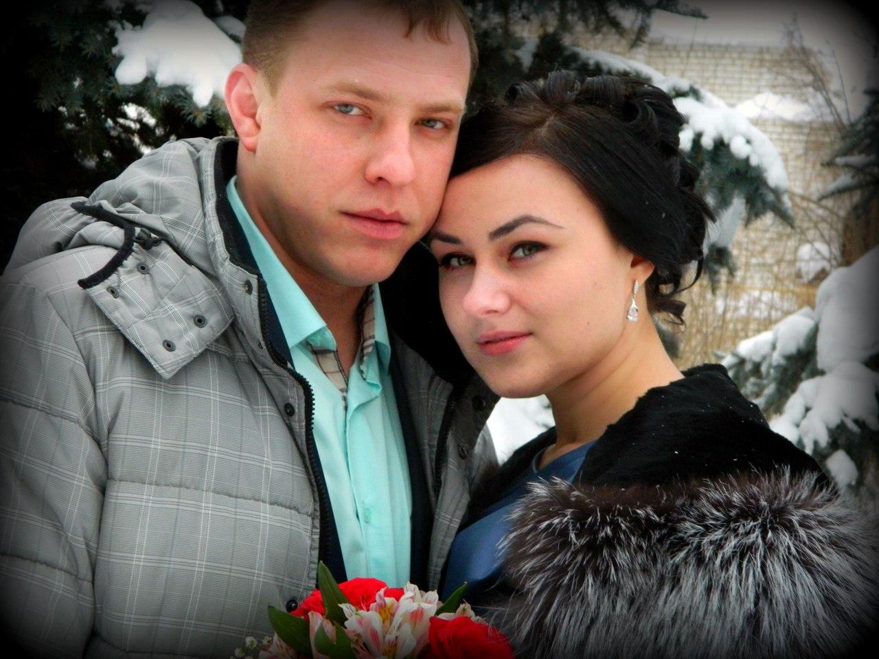 Семейная пара ищет любовника, Пары ищут мужчин в Краснодаре: объявления свинг 3 фотография