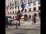 247PAPSTV: New Video : Justin Bieber walking near his NYC Hotel this morning .@justinbieber #WhatDoYouMean #247papstv