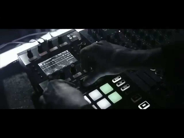 Announcing TRAKTOR KONTROL D2 the pro performance deck Native Instruments