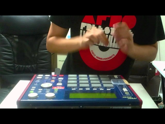Flippin' The Human Groove with MPC 1000 (Performed by STUTS)