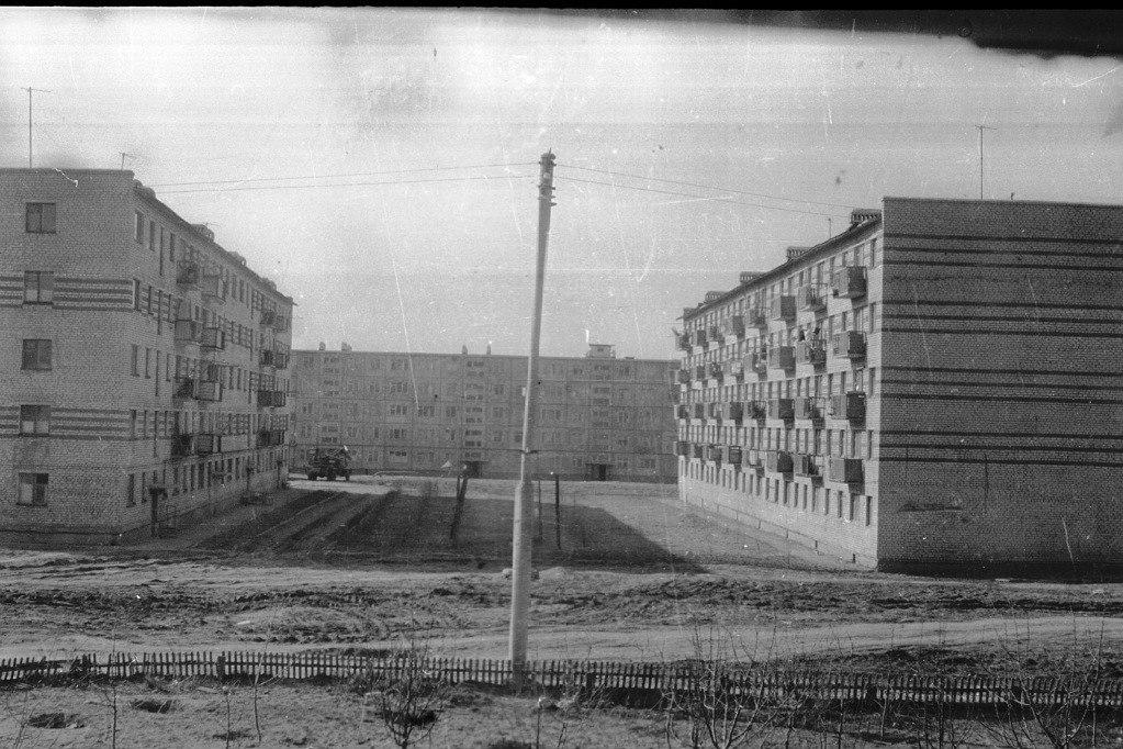 1 микр. Вид из школы №10. 1970 год.
