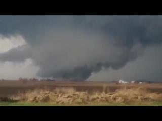 Торнадо в Сша.Штат Иллинойс.Фэйрдейл.10 апреля 2015