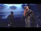 Rihanna - «Bitch Better Have My Money» (Live @ «Saturday Night Live»)