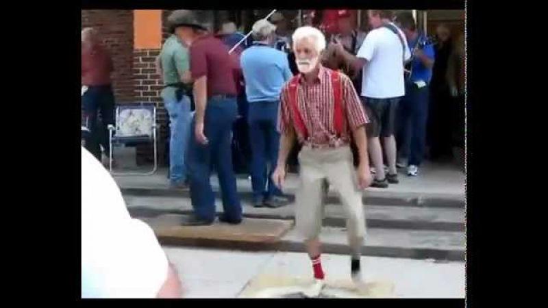 ORIGINAL Cool old man dancing, Granpa Shufflin. Exclusive!