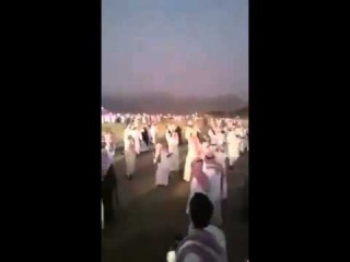 How Arabs celebrate marriages.....