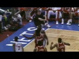 Michael Jordan and Cliff Robinson Highlight the Top 10 Plays of the Week - April 22, 1995